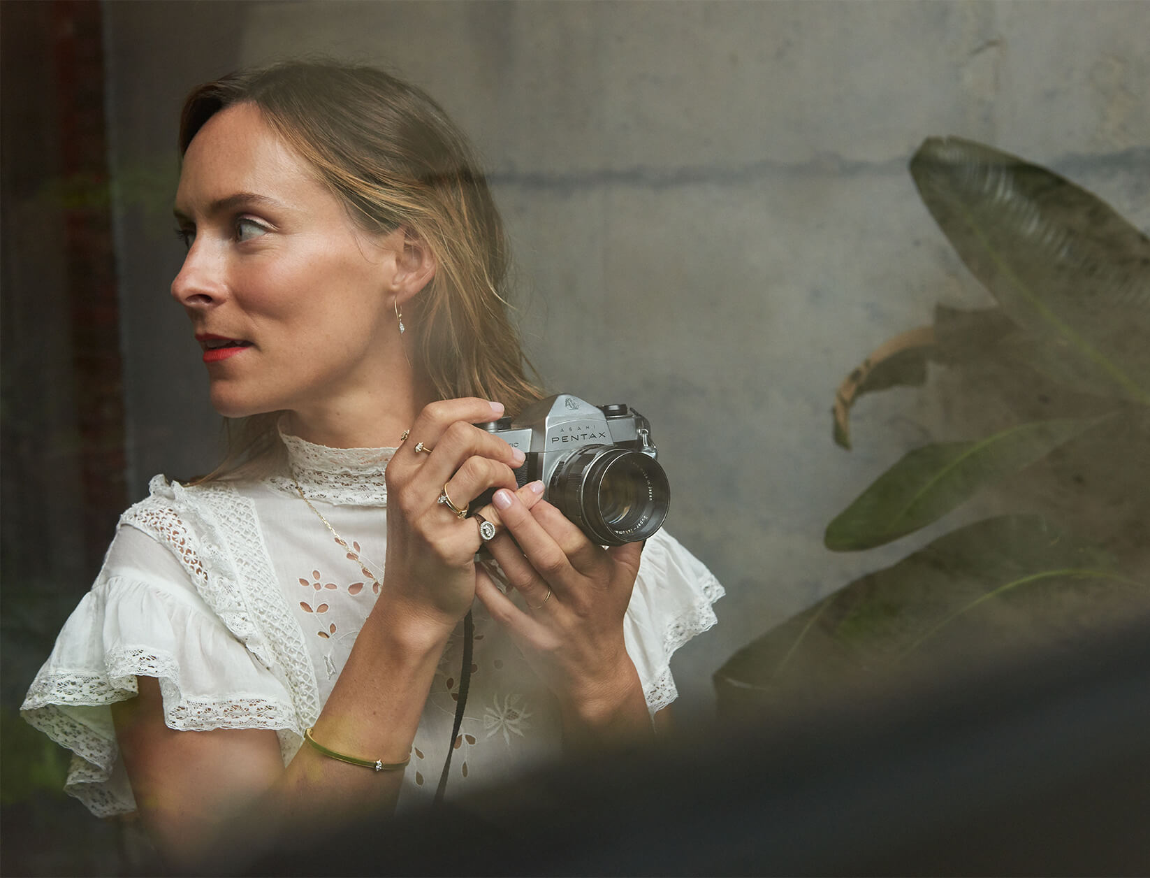 Picture of Lucy Laucht Taking a Picture