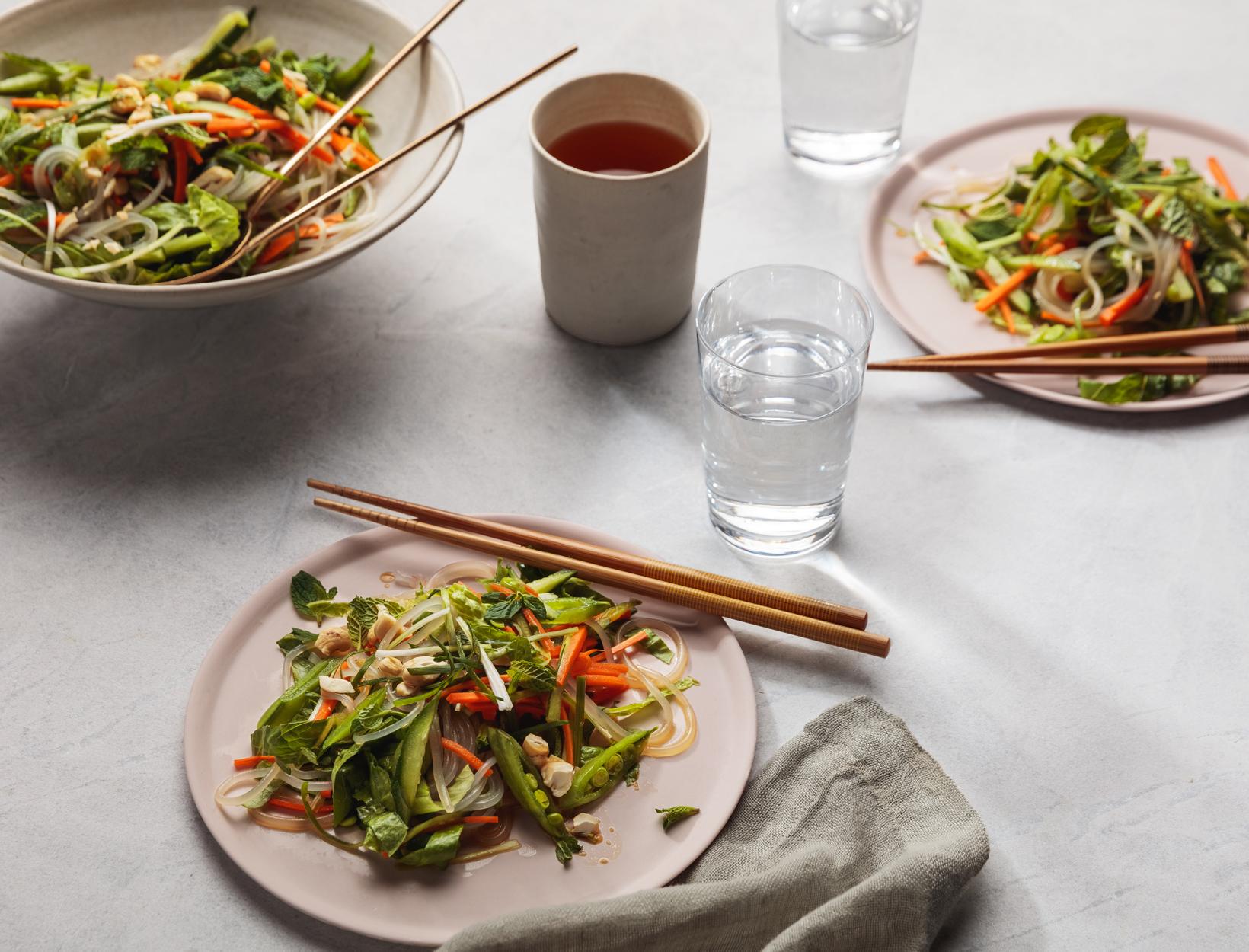 Detox Bun Salad