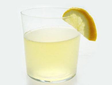 Agave-Sweetened Lemonade