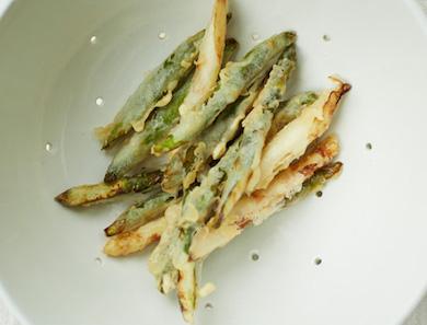 Green & White Asparagus Tempura