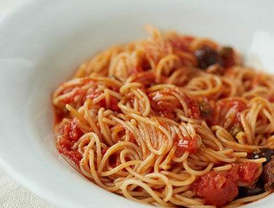 Brown Rice Spaghetti alla Puttanesca