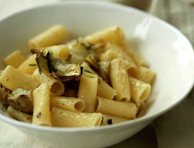 QUINOA-RIGATONI-WITH-ARTICHOKES-FRIED-ROSEMARY_390x297