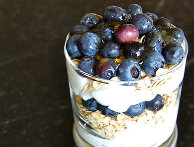 BERRY YOGURT PARFAIT_390x297