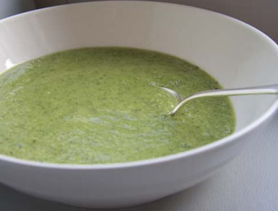 BROCCOLI & ARUGULA SOUP_390x297