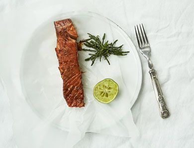 BROILED BALSAMIC SALMON_390x297