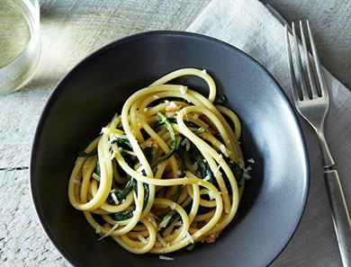 PICI PASTA WITH DANDELION GREENS_390x297