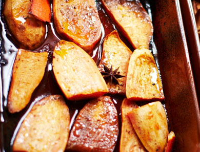 ROASTED SWEET POTATOES WITH MAPLE SYRUP, ORANGE & SPICES_390x297