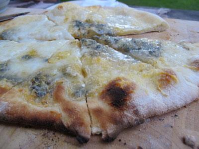 """Special """"Quattro Formaggi"""" Pizza"""