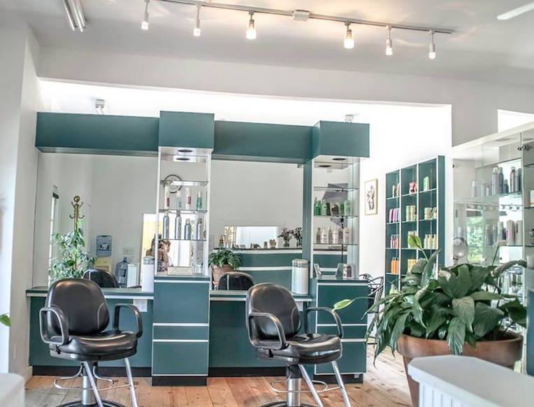 Water's Edge Salon