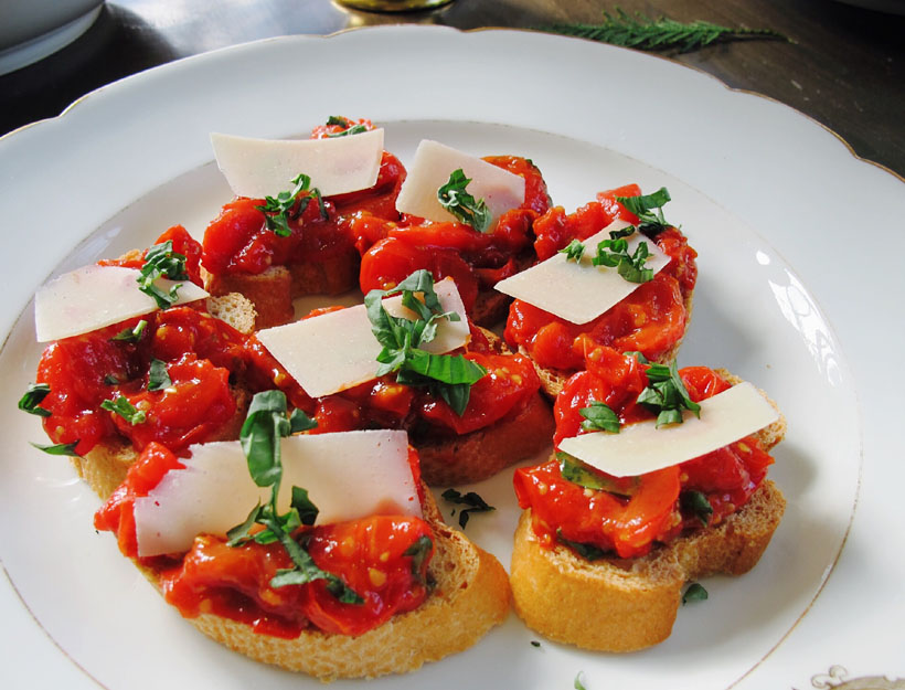 Roasted Tomato Bruschetta | Goop