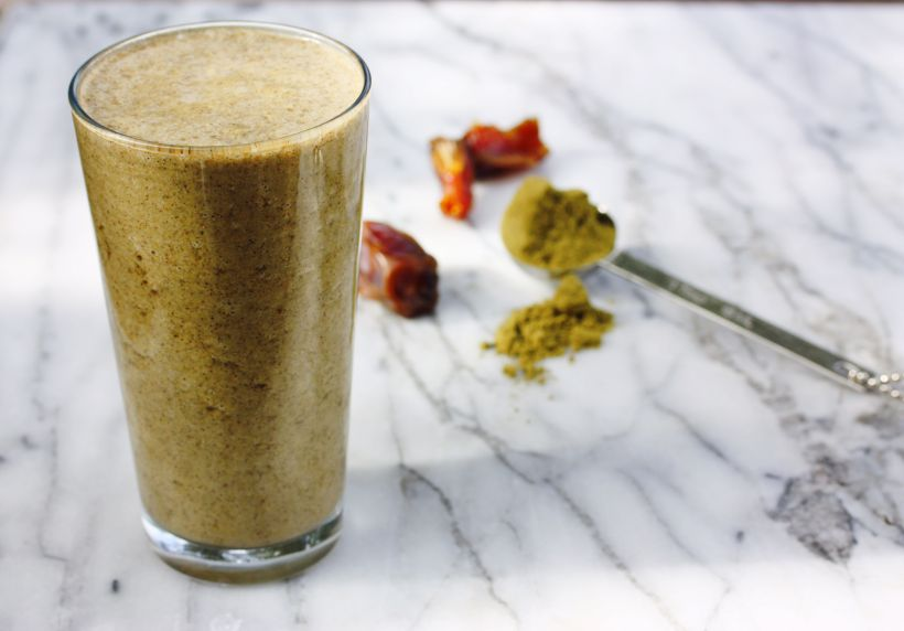 holiday spice hemp powder smoothie