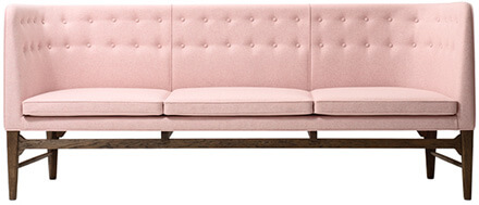 Arne Jacobsen Mayer Sofa by &tradition