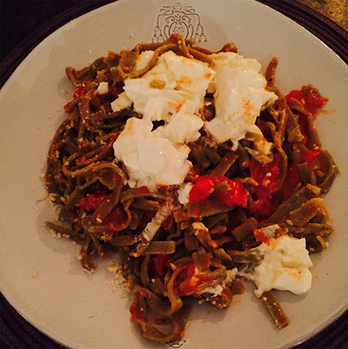 Tagliatelle with fresh tomatoes and basil.