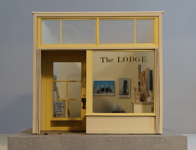 the_lodge_mini_show