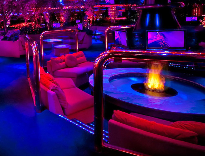 The Peppermill Restaurant & Fireside Lounge