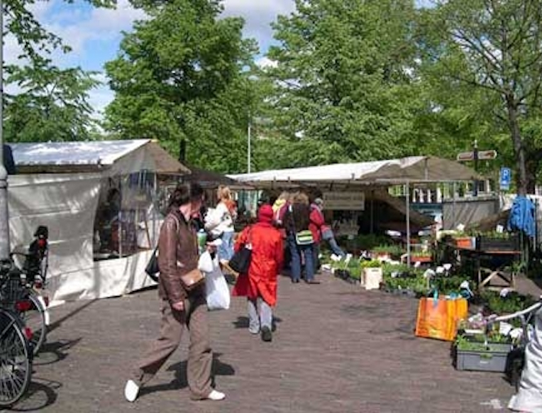 Farmers Market on Noordermarkt