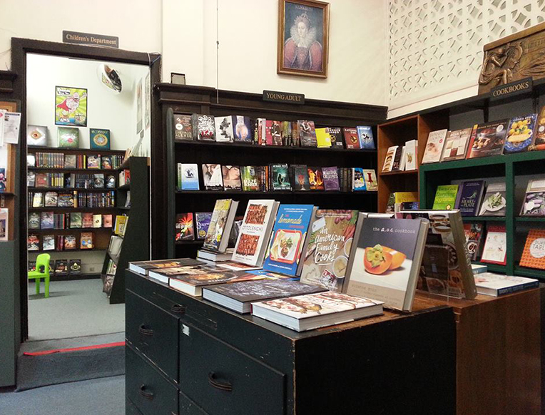 Chevalier's Books