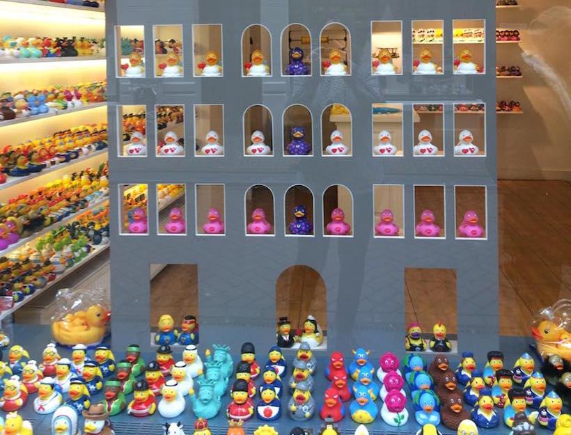 Amsterdam Duck Store Goop