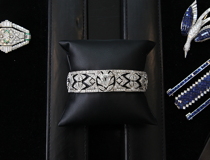 How to Shop for Estate Jewelry | Goop