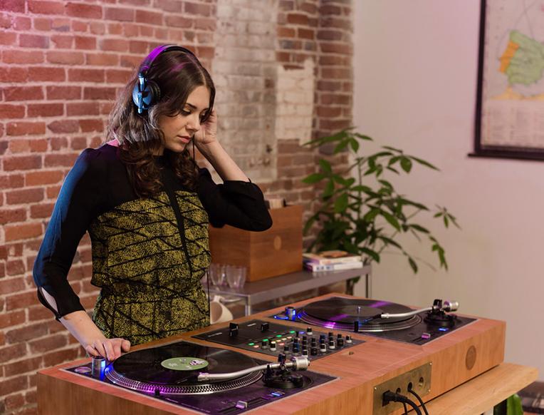 Dart DJ