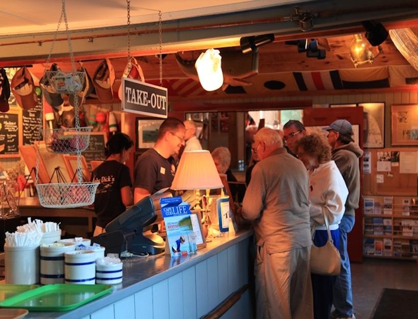 Moby Dicks, Wellfleet - Menu, Prices & Restaurant