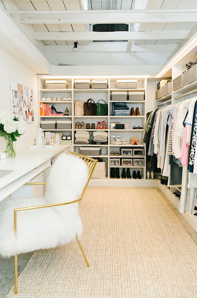 Organization tips from the goop fashion closet goop for Closet modernos para habitaciones