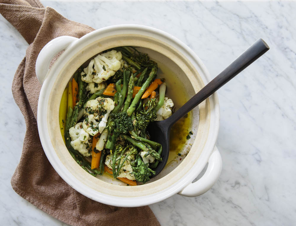 Donabe Steamed Vegetables with Bagna Caude Sauce