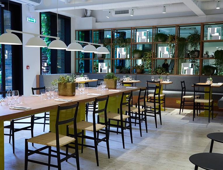 April's Café at Boutique 1