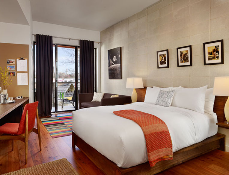 Heywood Hotel