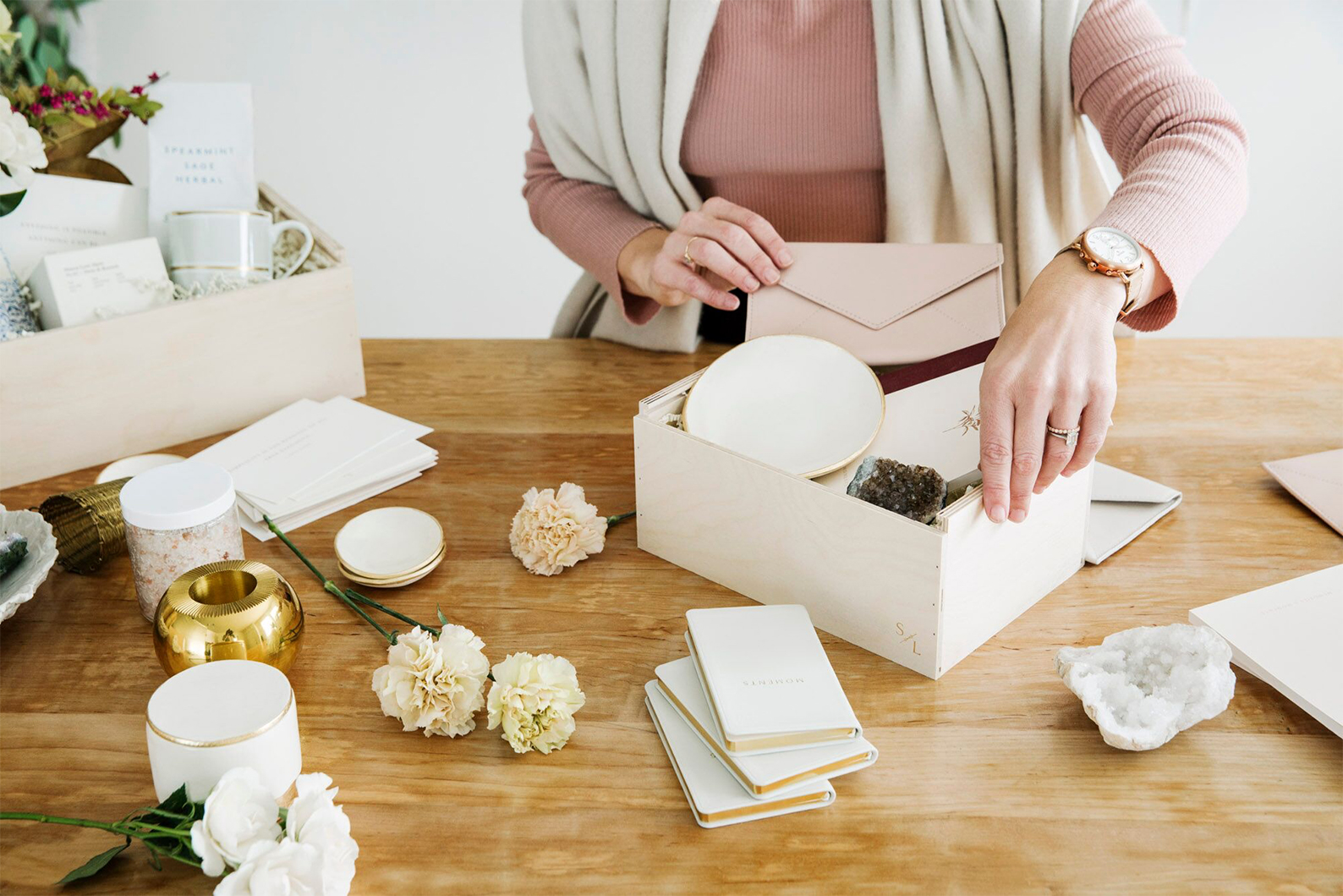 In the Knick of Time: Professional Gift Giver Simone LeBlanc