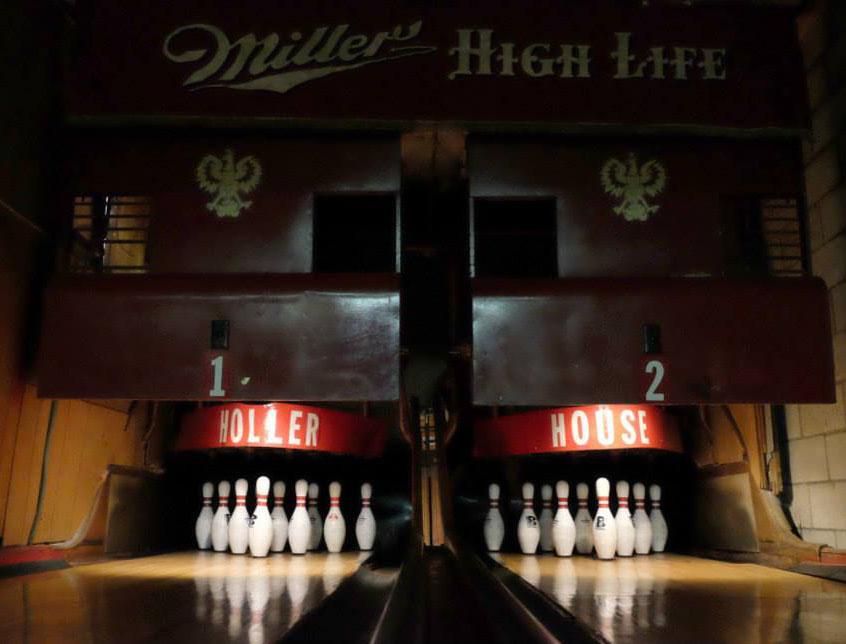 Holler House Lanes