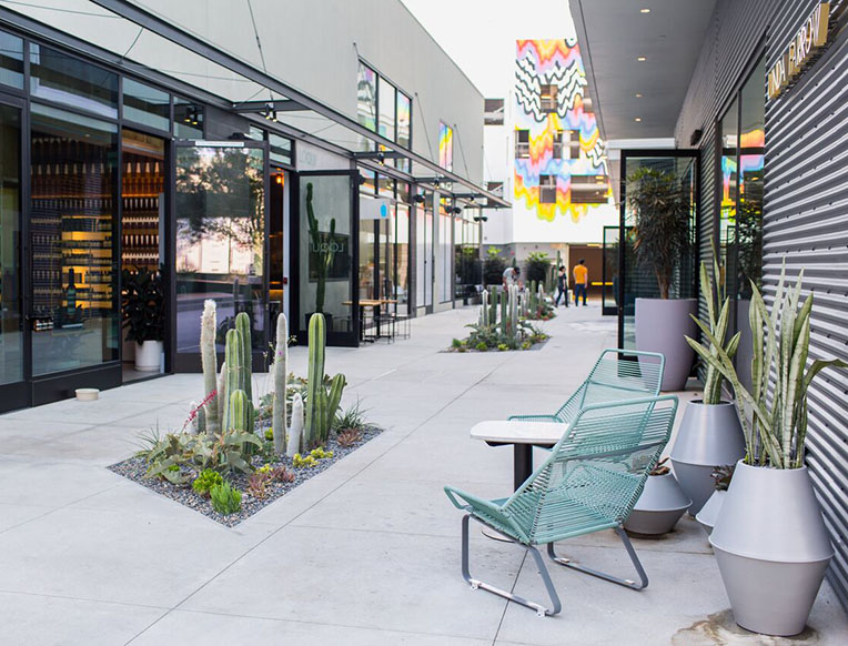 Cult Pizza, Non-Toxic Nails + Indie Shops: LA's Buzziest Neighborhood