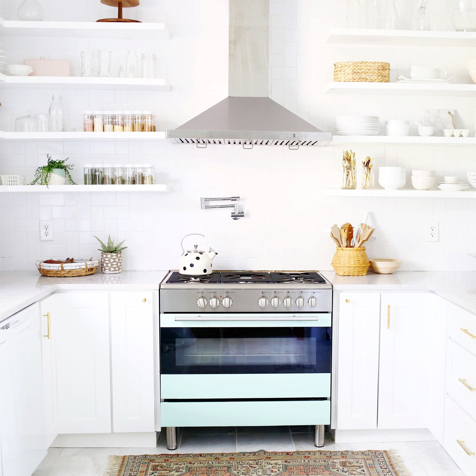 How-To Declutter Your Home In The New Year| Goop