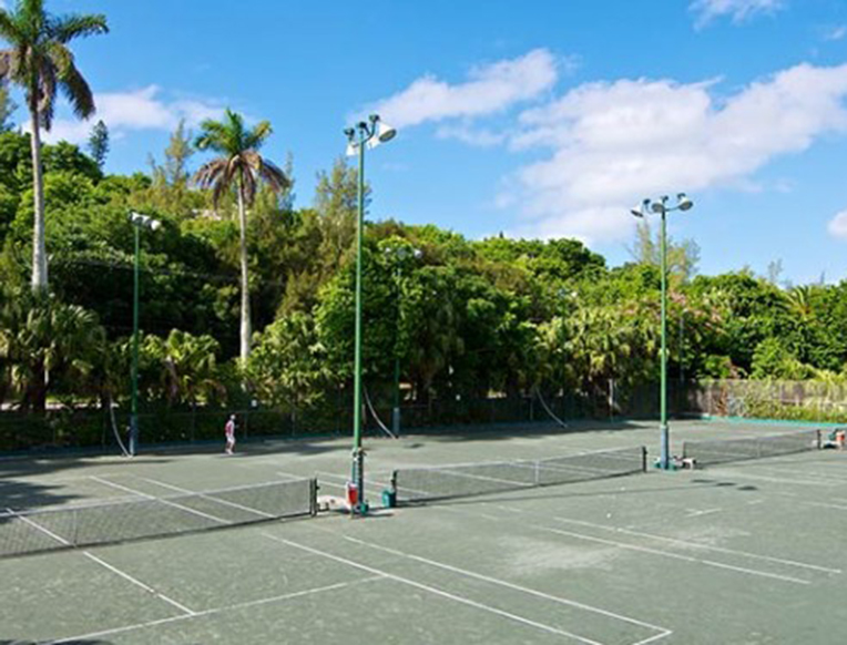 Coral Beach & Tennis Club