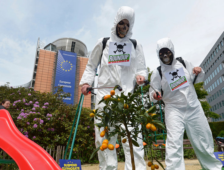Emails Reveal Monsanto's Tactics to Defend Glyphosate Against Cancer Fears