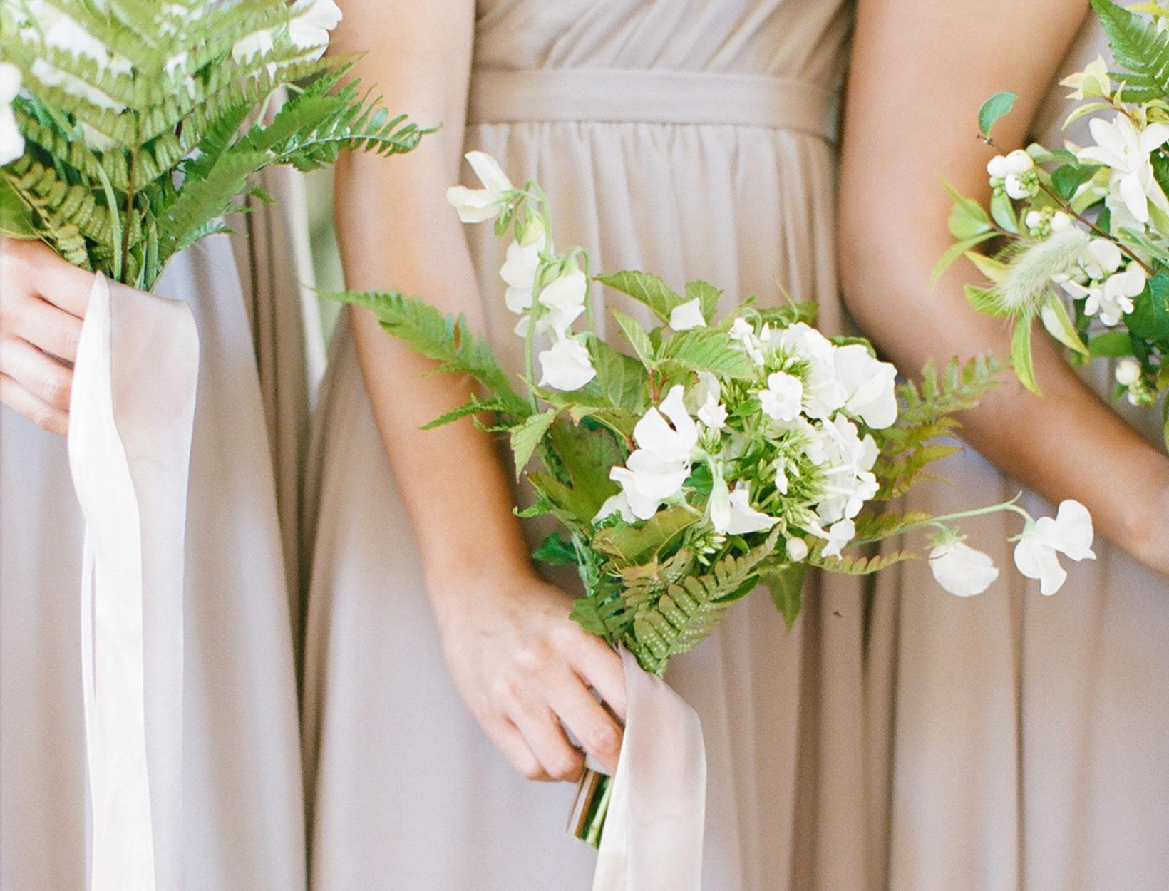 bridesmaids-guide-Stocksy_txpbae8543eN6V100_Medium_1390161