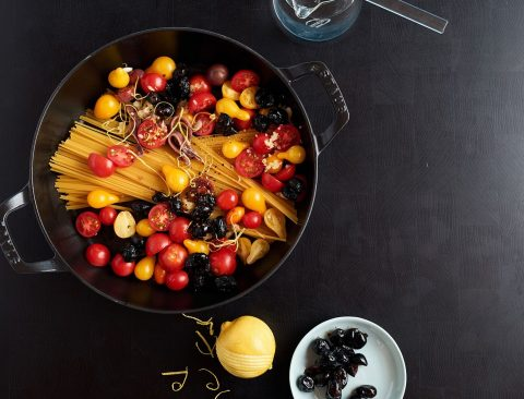 One-Pan Spaghetti with Cherry Tomatoes, Olives, and Lemon