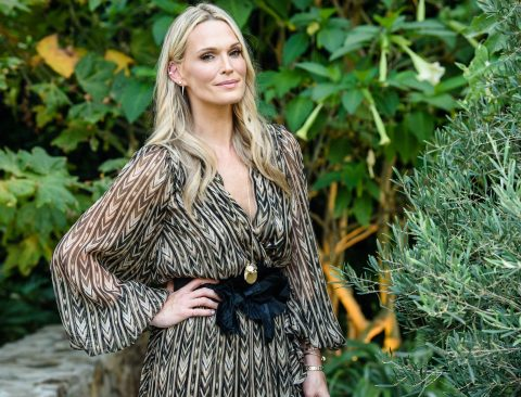 10 Healthy Life Hacks: Molly Sims on Tracy Anderson, Moroccan Chicken, and How She Never Ages