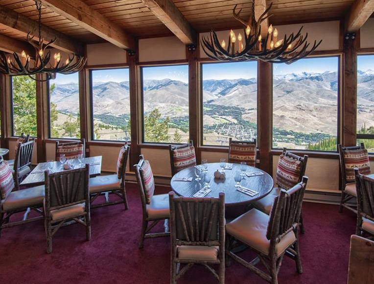 The Lodge <br>Sun Valley, Idaho</em>