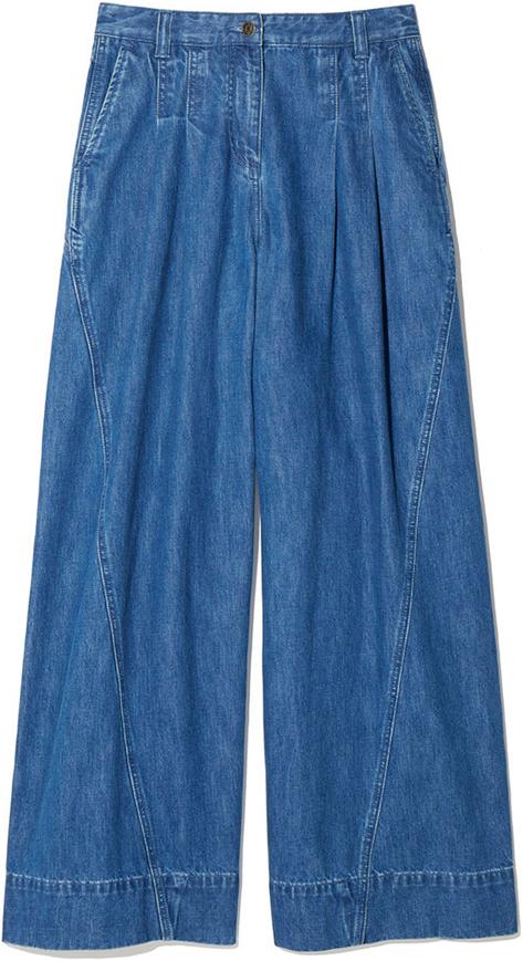 Fashion Uniform: Turtleneck + Wide-Leg Pants + Sneakers