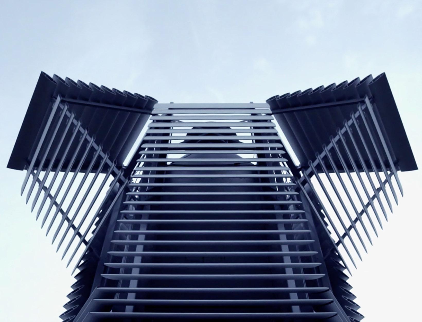 This Tower Sucks up Smog and Turns It into Diamonds