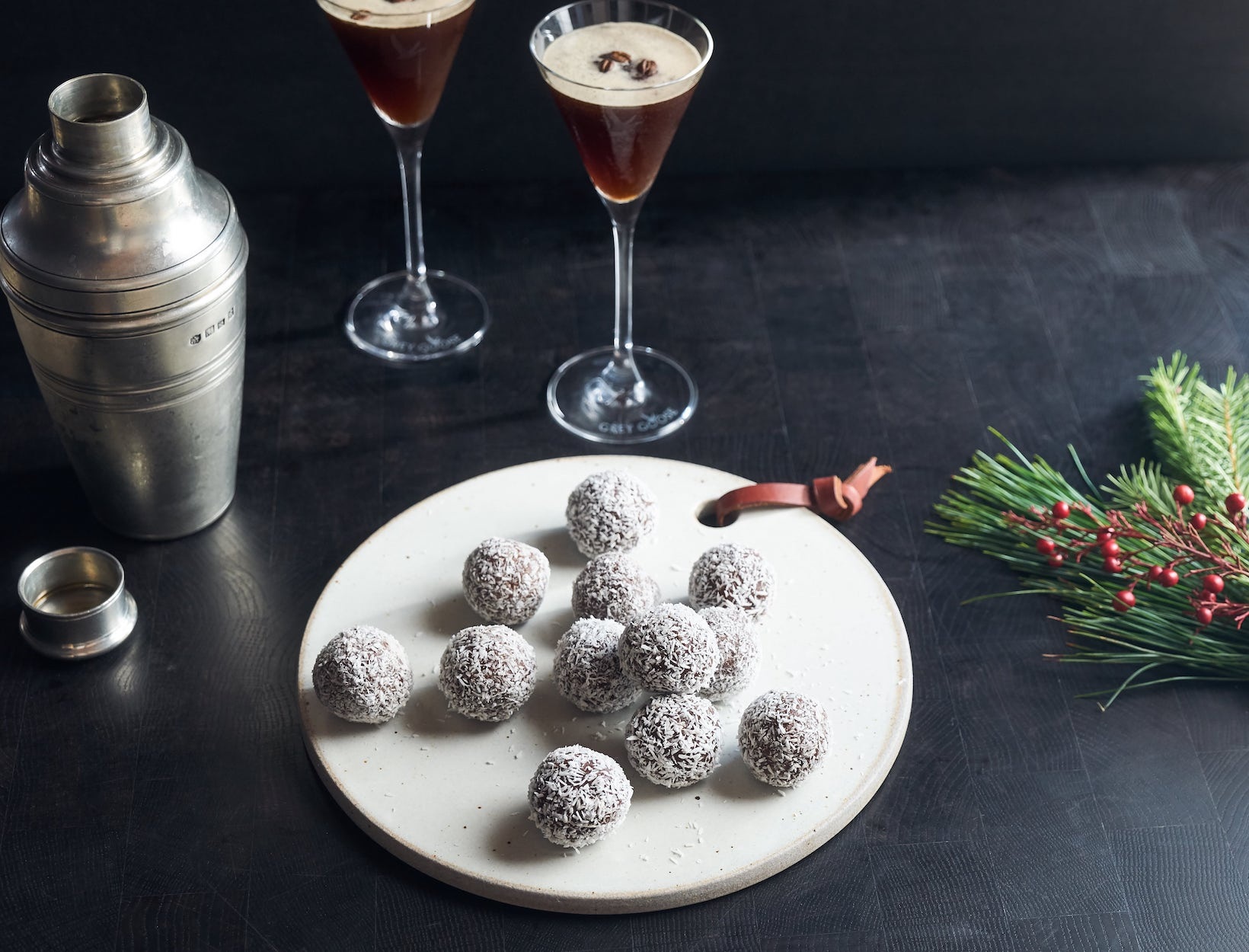 Easy Martini Pairings for Your Next Holiday Party