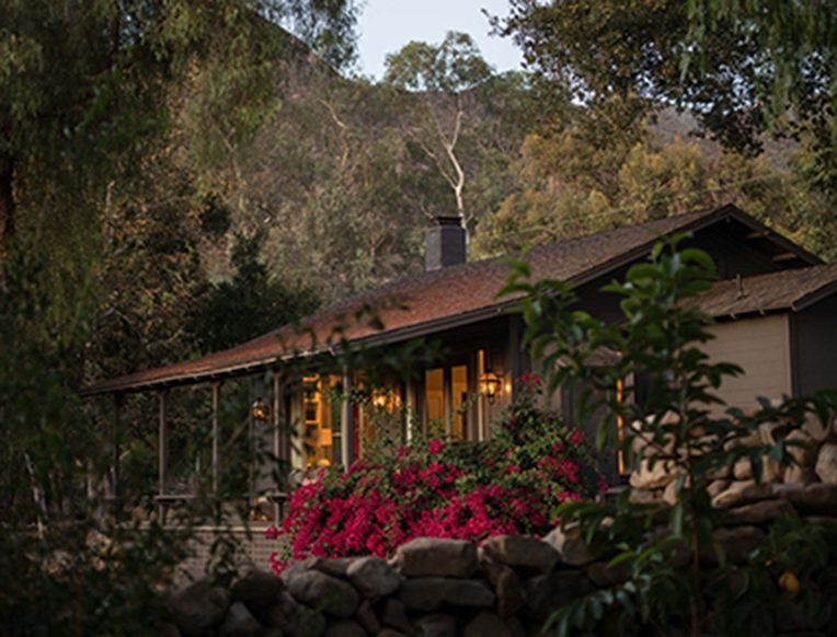 Thacher House <br>Ojai, Kalifornija</em>