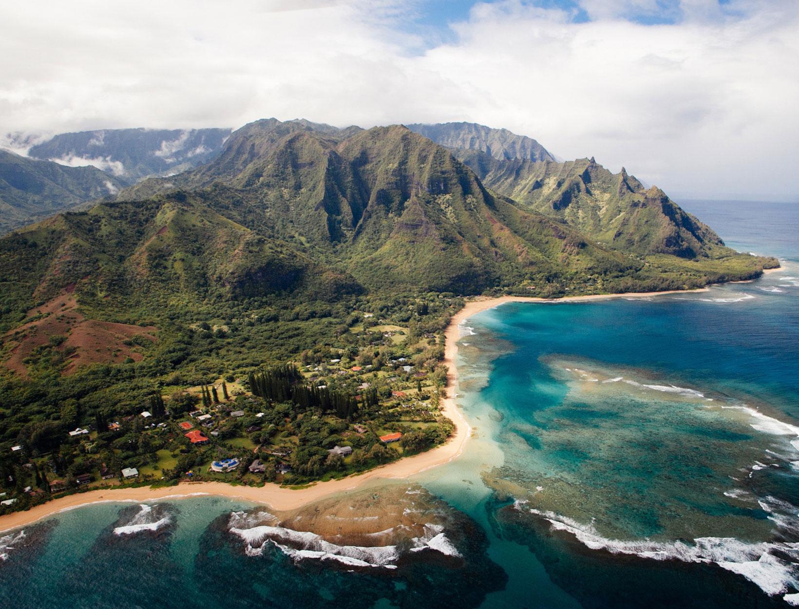 11b005c683036 The Kauai Guide | Goop