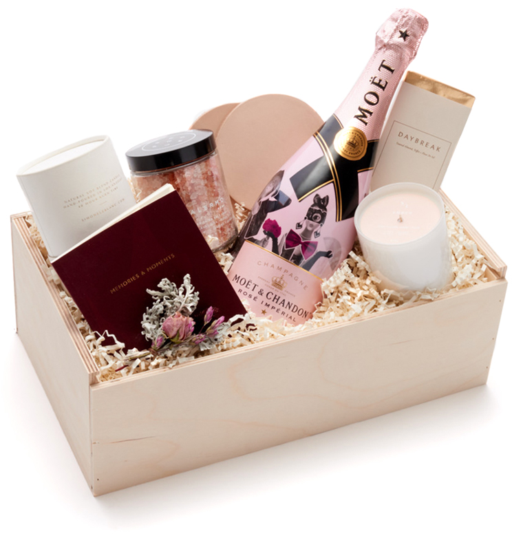 Relax and Rosé Mother's Day Gift Box By Simone Leblanc
