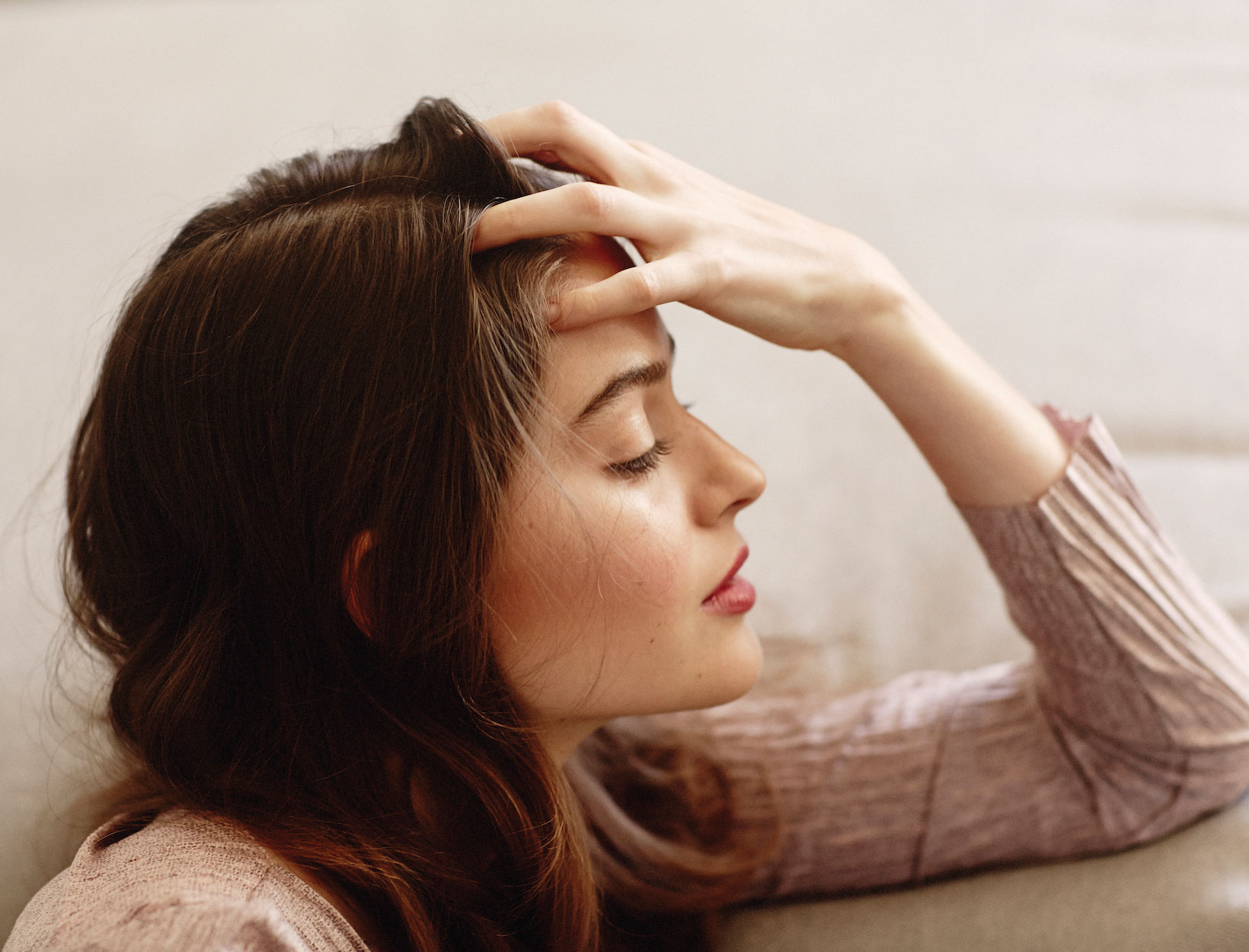 A Face-Massage to Ease Stress | Goop