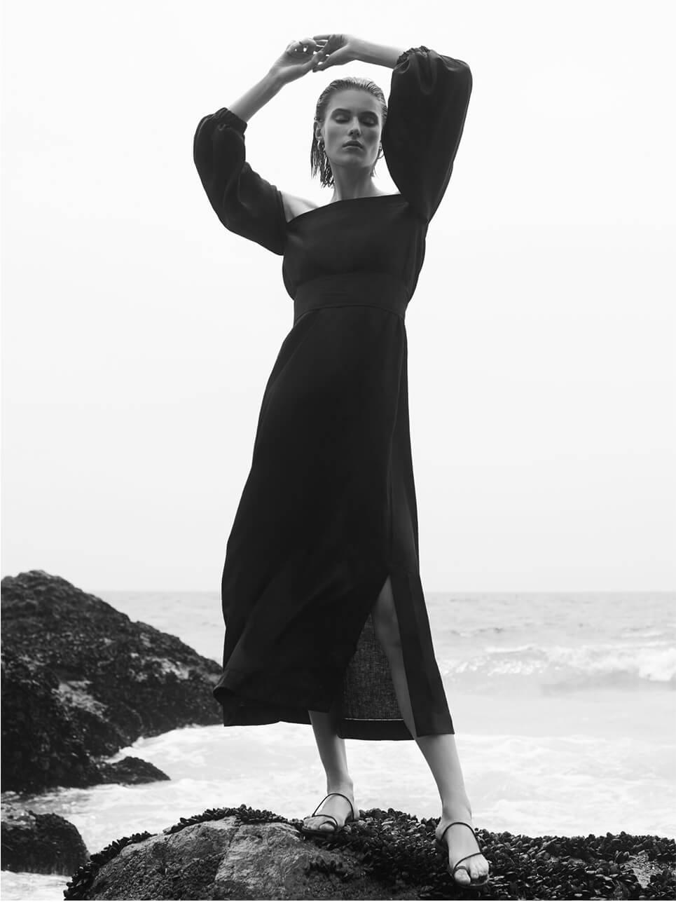 Model with LISA MARIE FERNANDEZ Dress