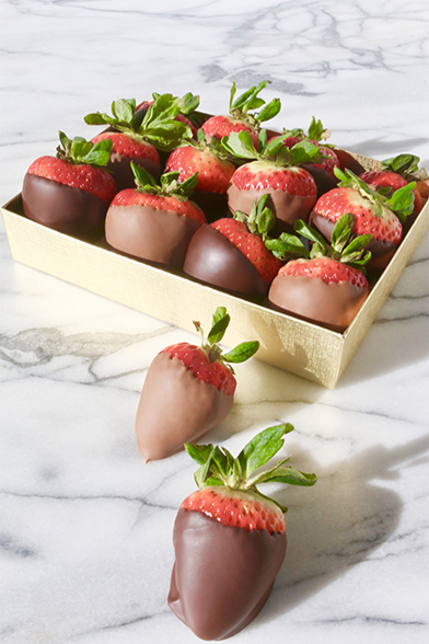 Compartes Chocolate-Dipped Strawberries