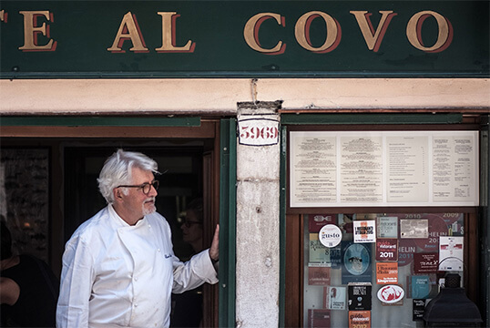 AL COVO RESTAURANT FRONT WITH CHEF