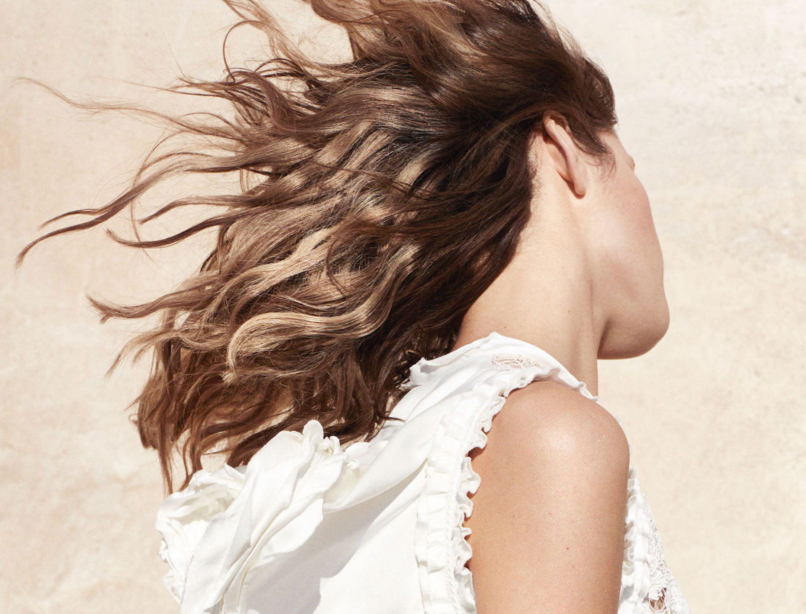 A Curl-Smoothing Hair Routine